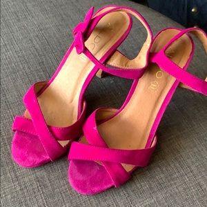 "Gorgeous sexy magenta 4.5"" heels from ALDO"